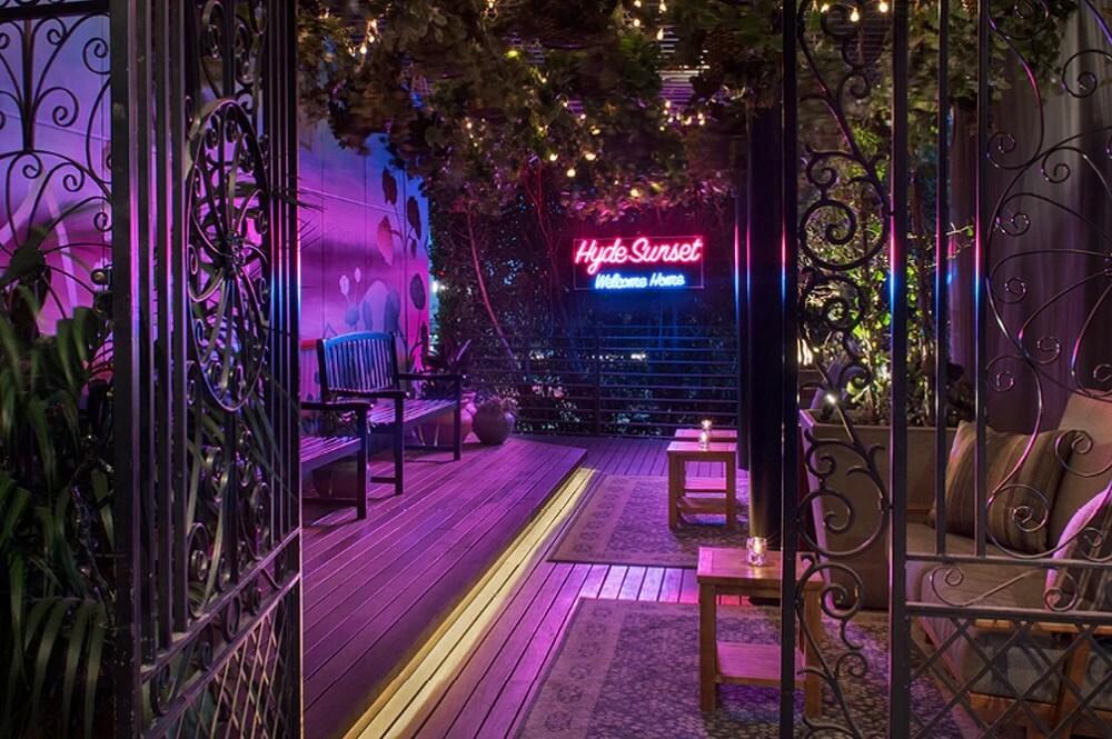 Hyde Sunset Kitchen + Cocktails