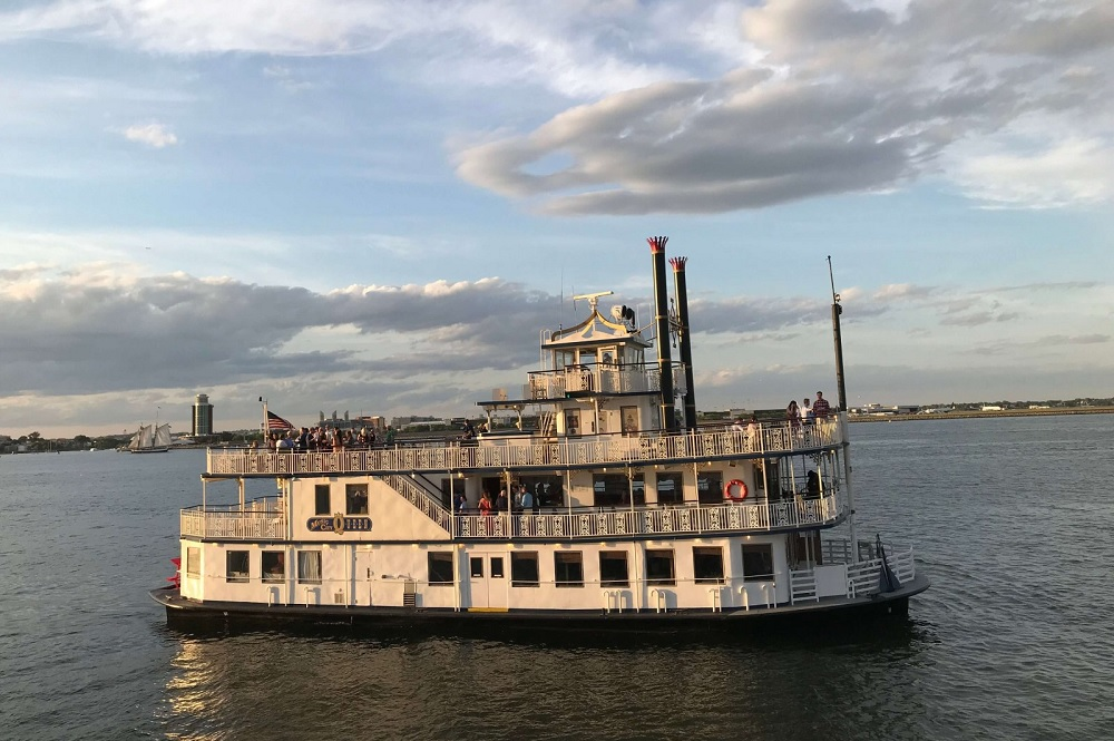 Music City Queen Riverboat Yacht