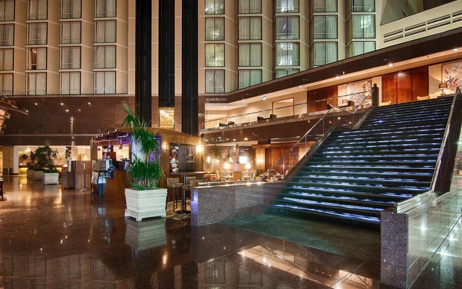Omni Austin Hotel Lobby